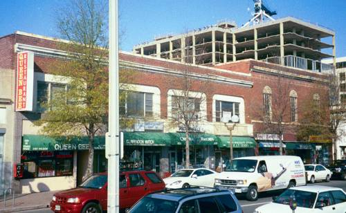 Clarendon Commercial Strip, Early 2000s
